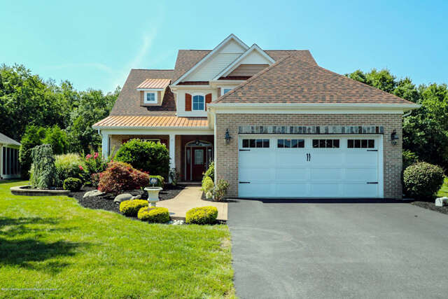 Single Family for Sale at 10 E Francesa Court Farmingdale, New Jersey 07727 United States