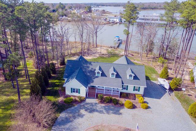 Single Family for Sale at 293 Sun Beau Cir Urbanna, Virginia 23175 United States