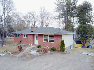 Featured Property in Fenelon Falls, ON