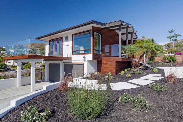 Single Family for Sale at 359 Lincoln Drive Ventura, California 93001 United States