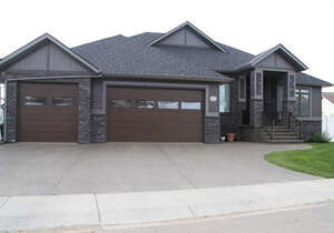 Featured Property in Red Deer, AB T4R 0N7