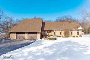 Featured Property in Crystal Lake, IL 60012