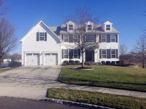 Featured Property in Hainesport, NJ 08036