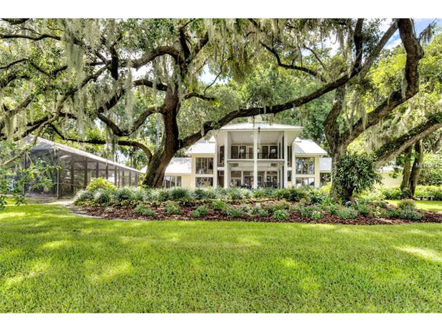 Single Family for Sale at 11935 Sunset Harbor Road Weirsdale, Florida 32195 United States