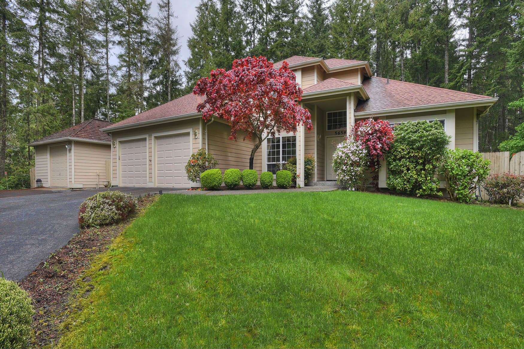 Single Family for Sale at 5658 NW Londonderry Lp Bremerton, Washington 98312 United States