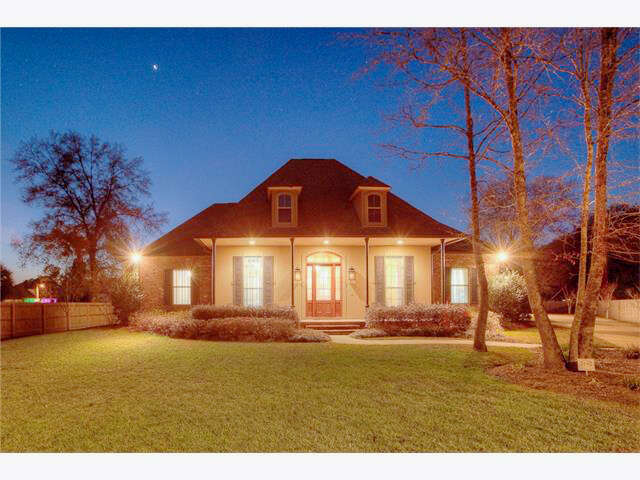Single Family for Sale at 137 Willow Bend Drive Madisonville, Louisiana 70447 United States
