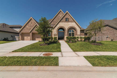 Single Family for Sale at 3434 Magnolia Shores Lane Pearland, Texas 77584 United States