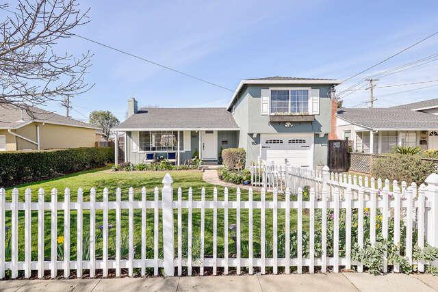 Single Family for Sale at 1501 Monte Diablo Avenue San Mateo, California 94401 United States