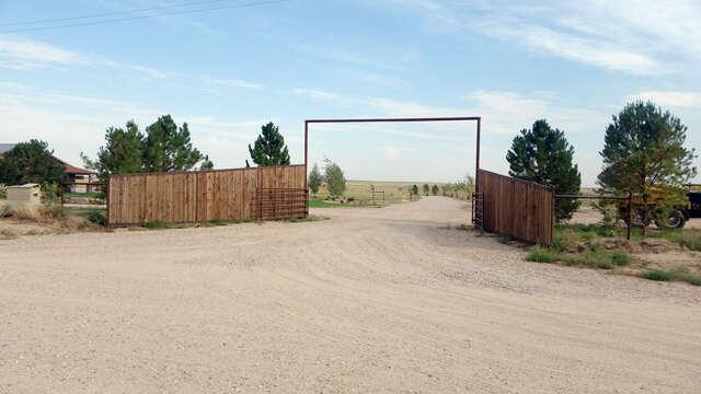 Single Family for Sale at 80 Road Van Tassell Road Torrington, Wyoming 82240 United States
