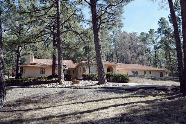 Single Family for Sale at 200 Hull Rd Ruidoso, New Mexico 88345 United States