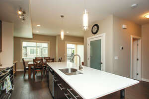 Featured Property in Kelowna, BC V1W 4M8