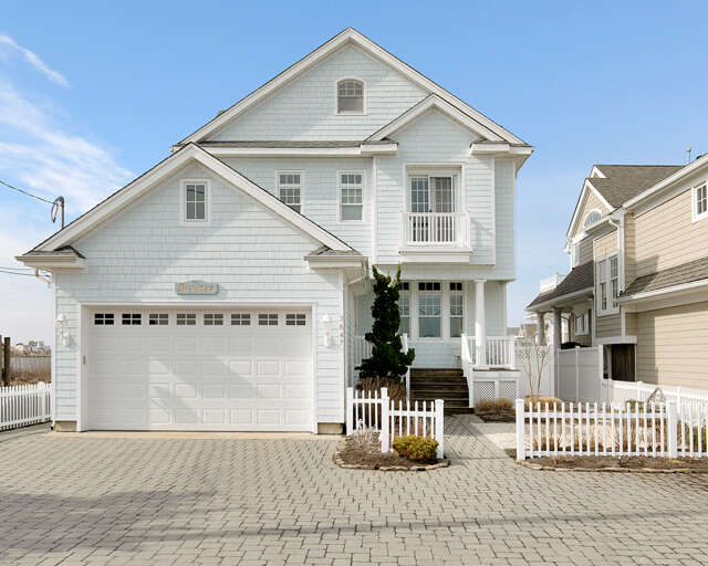 Single Family for Sale at 3647 Bayside Court Normandy Beach, New Jersey 08739 United States