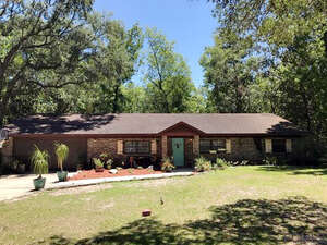 Featured Property in Hastings, FL 32145