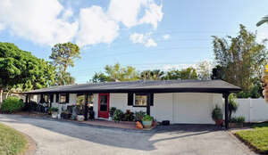 Featured Property in St Petersburg, FL 33711