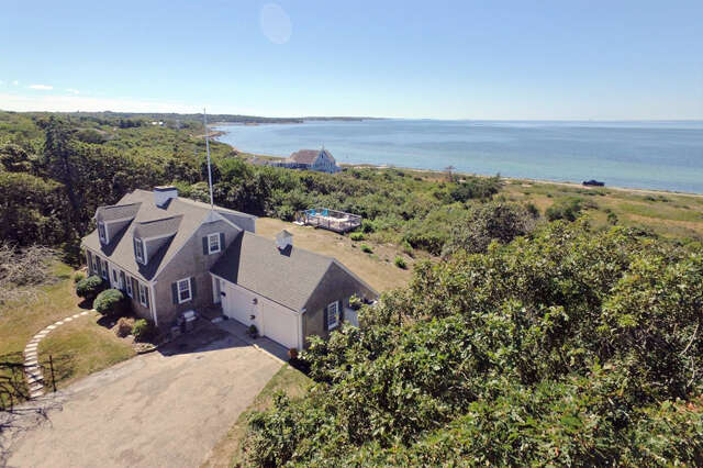 Single Family for Sale at 22 Dusty Miller Road Falmouth, Massachusetts 02540 United States
