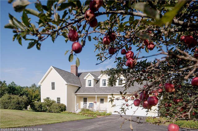 Single Family for Sale at 25 West Running Brook Lane Eliot, Maine 03903 United States