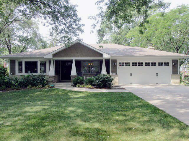 Single Family for Sale at 300 South Ott Avenue Glen Ellyn, Illinois 60137 United States