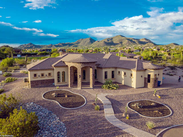 Single Family for Sale at 8030 E Odessa St Mesa, Arizona 85207 United States