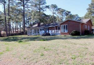 Featured Property in Hayes, VA 23072