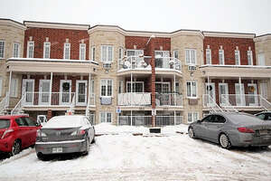 Featured Property in Gatineau, QC J8R 0G2