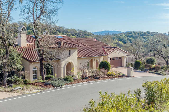 Single Family for Sale at 48 Stonetree Lane Novato, California 94945 United States