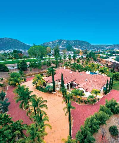 Single Family for Sale at 43681 Piasano Place Temecula, California 92592 United States