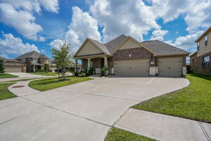 Featured Property in Richmond, TX 77407