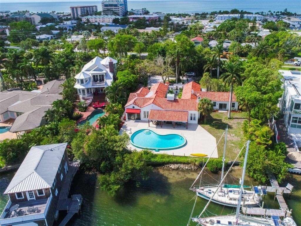 Single Family for Sale at 535 S Blvd Of Presidents Boulevard Sarasota, Florida 34236 United States