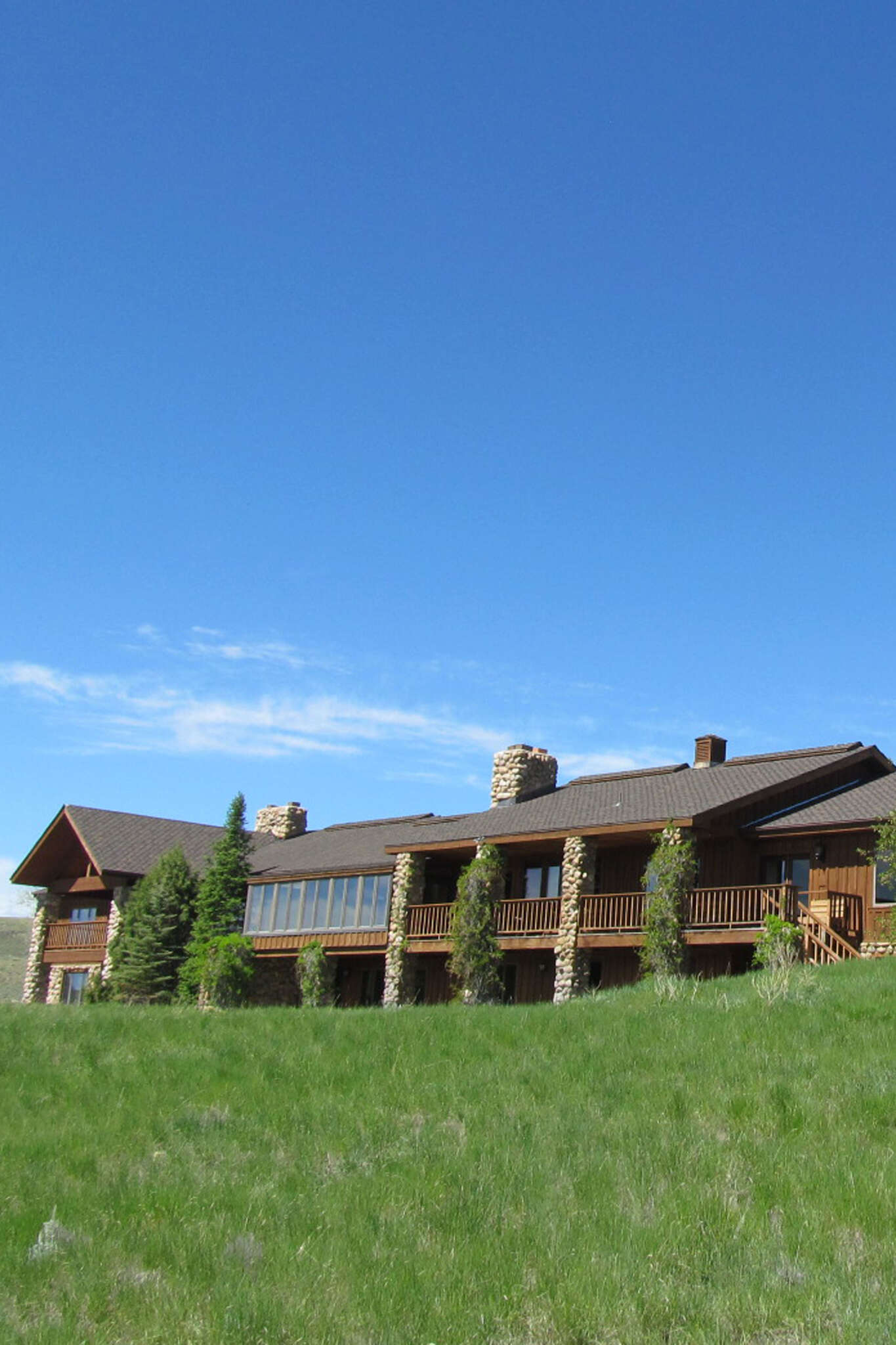 Single Family for Sale at 2500 Wy-130. Saratoga, Wyoming 82331 United States