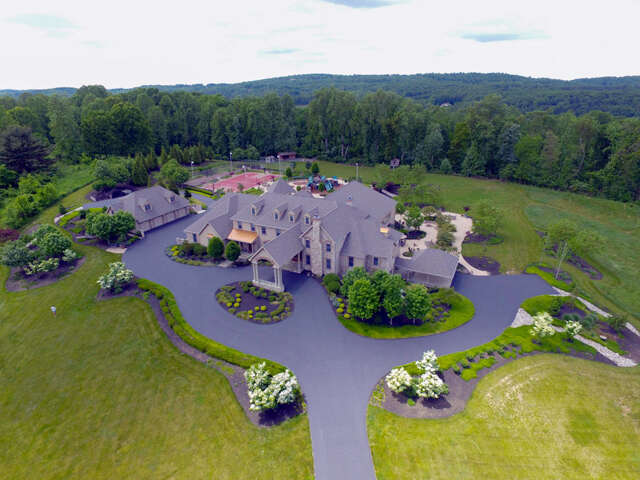 Single Family for Sale at 479 Imperial Drive Mohnton, Pennsylvania 19540 United States
