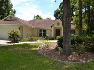 Featured Property in Inverness, FL 34452