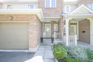 Featured Property in Ottawa, ON K2M 2S5