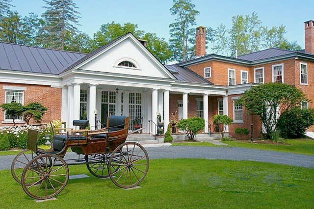 Single Family for Sale at 4 Station Road Hartland, Vermont 05048 United States