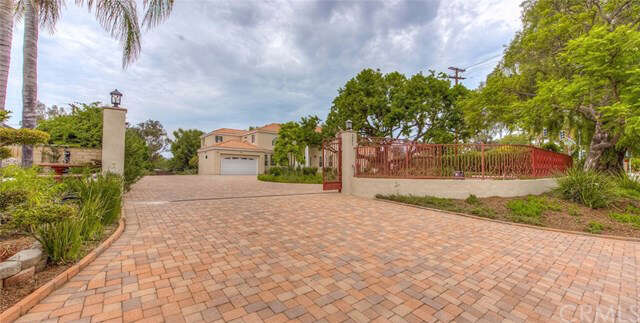 Single Family for Sale at 1001 W Valencia Mesa Drive Fullerton, California 92833 United States