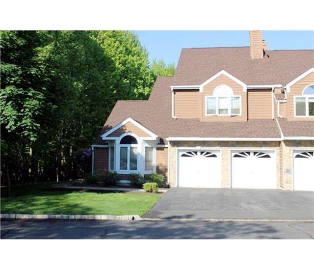 Single Family for Sale at 171 Tiffany Drive Edison, New Jersey 08820 United States