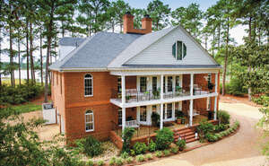 Featured Property in Yorktown, VA 23692