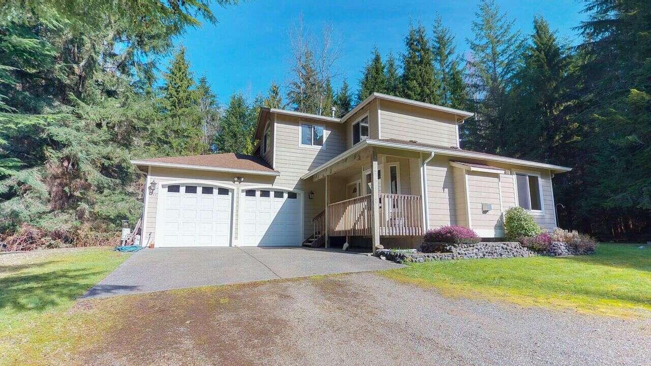 Single Family for Sale at 323 171st Ave NE Snohomish, Washington 98290 United States