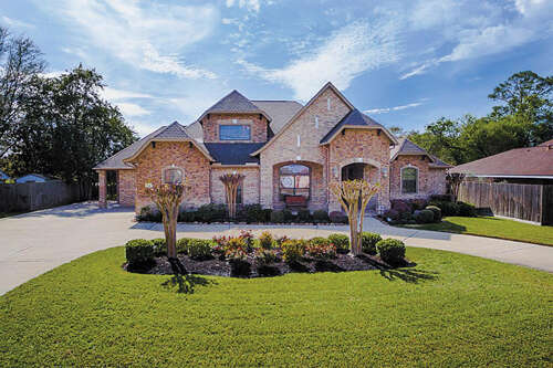 Single Family for Sale at 722 Oyster Creek Drive Sugar Land, Texas 77478 United States