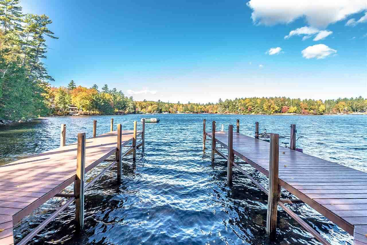 Single Family for Sale at 131 Buzzells Cove Road Moultonborough, New Hampshire 03254 United States