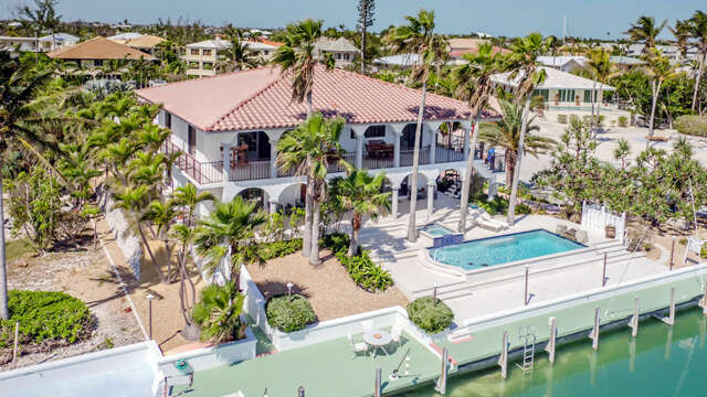 Single Family for Sale at 308 Pinetree St Duck Key, Florida 33050 United States
