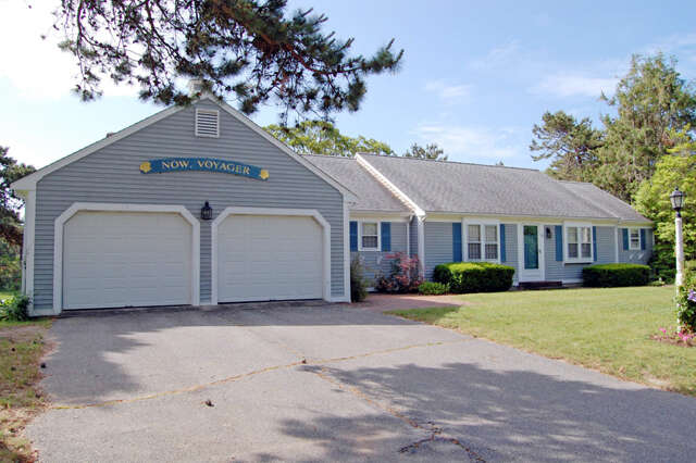 Single Family for Sale at 40 Cove Road South Dennis, Massachusetts 02660 United States