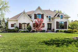 Single Family Home for Sale, ListingId:64504771, location: 218 Willowrun Way Indianapolis 46260
