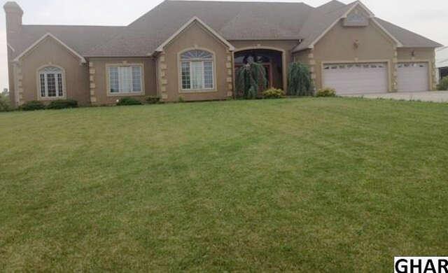 Single Family for Sale at 334 Rolling Lane Abbottstown, Pennsylvania 17301 United States