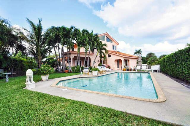 Single Family for Sale at 8 Midlane Road Boynton Beach, Florida 33435 United States