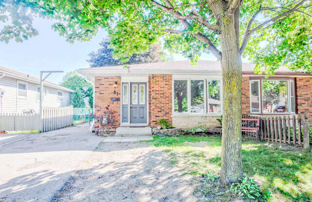 Real Estate for Sale, ListingId:46351091, location: 41 Witty Ave Ingersoll