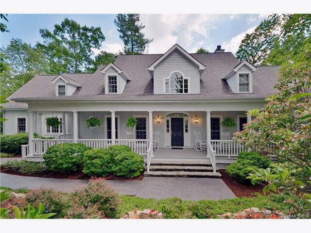 Single Family for Sale at 104 Abbeyshire Way Flat Rock, North Carolina 28731 United States