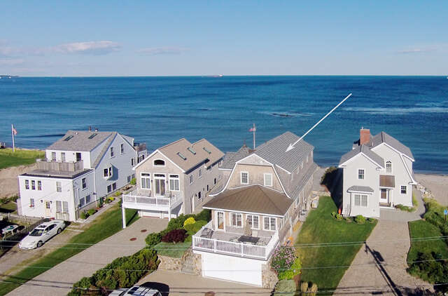 Single Family for Sale at 1308 Ocean Boulevard Rye, New Hampshire 03870 United States