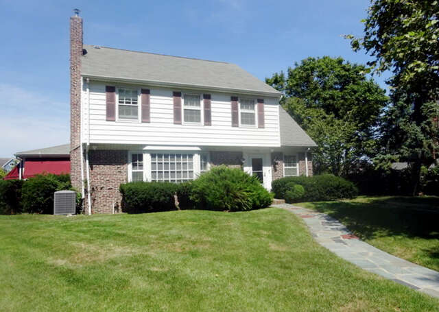 Single Family for Sale at 125 Inlet Ter Belmar, New Jersey 07719 United States