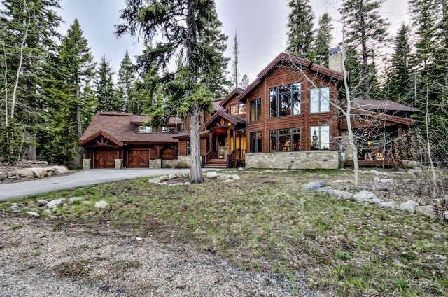 Single Family for Sale at 111 Council Court Tamarack, Idaho 83615 United States