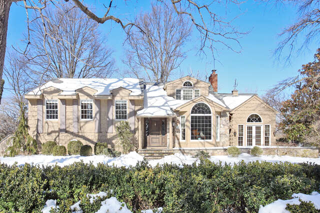 Single Family for Sale at 1040 Wychwood Road Westfield Westfield Westfield, New Jersey 07090 United States
